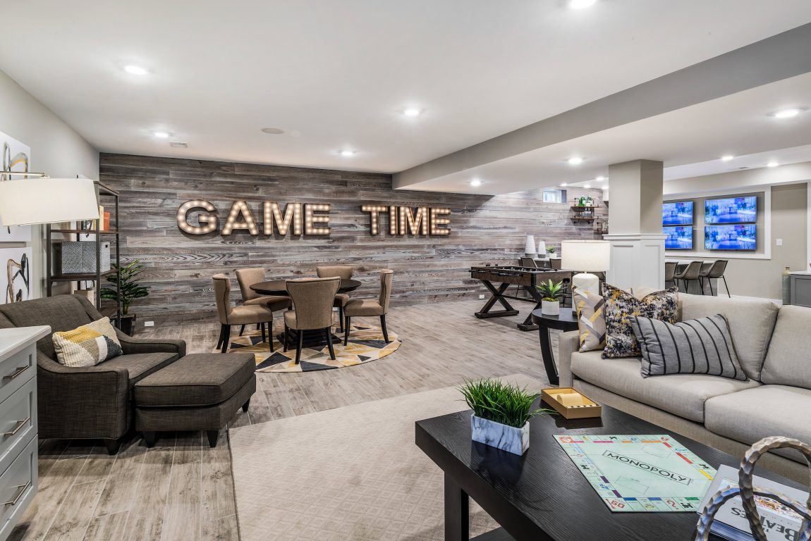 Basement with large game room.
