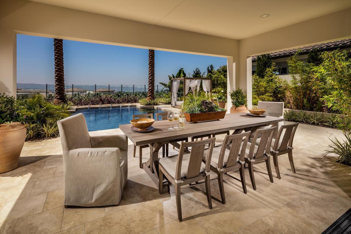 Luxe patio dining area