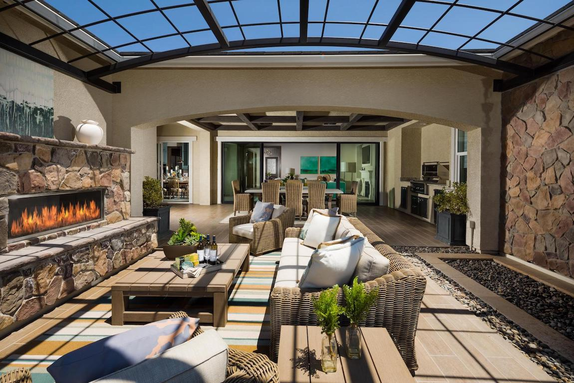 Gorgeous indoor-outdoor space with fireplace