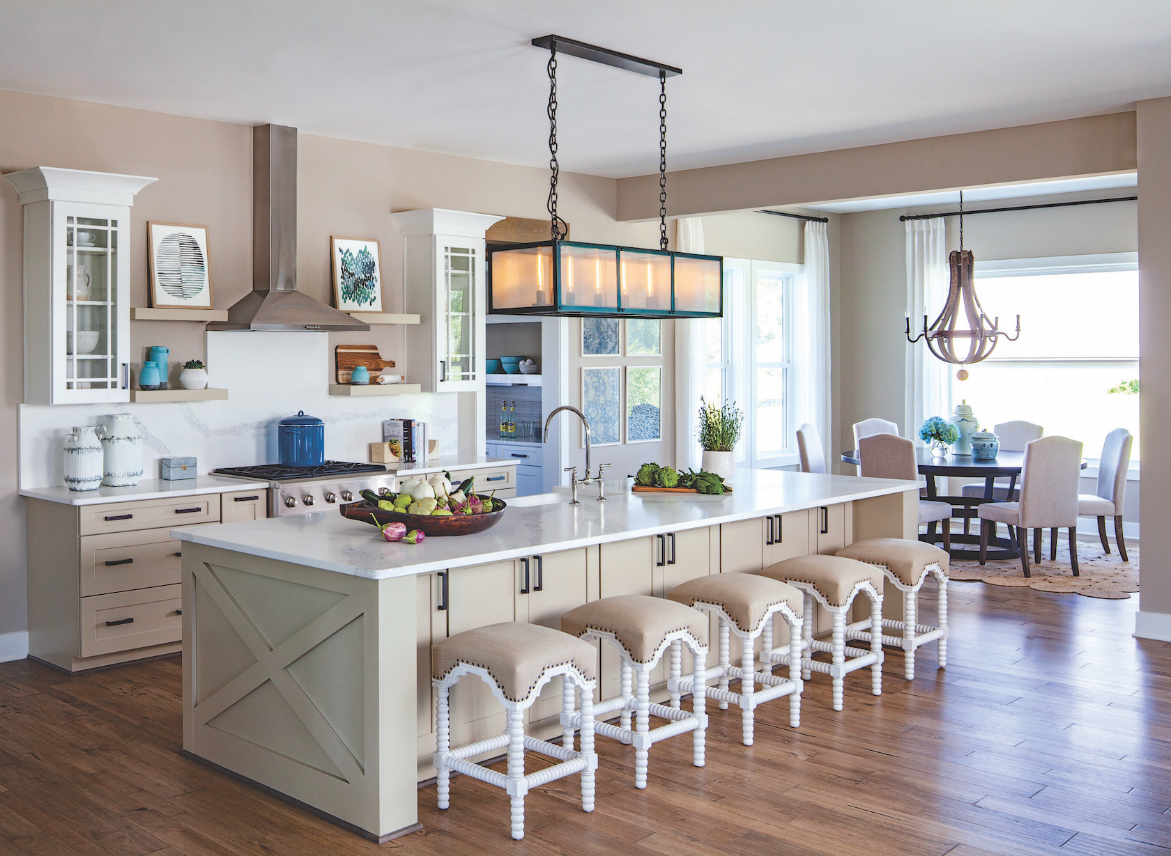 Rectangular exposed bulb pendant and wood chandelier lighting in kitchen