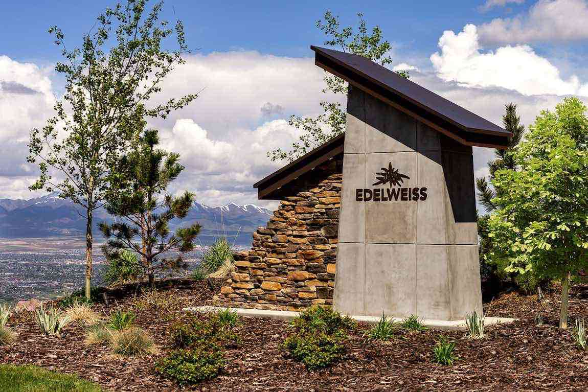 Exterior sign of Edelweiss with mountain views