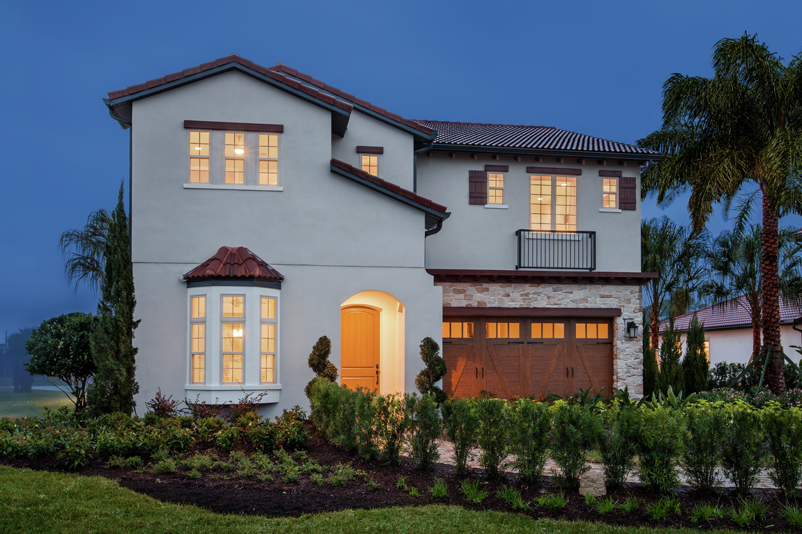 Florida exterior with accent paint used in popular design trends