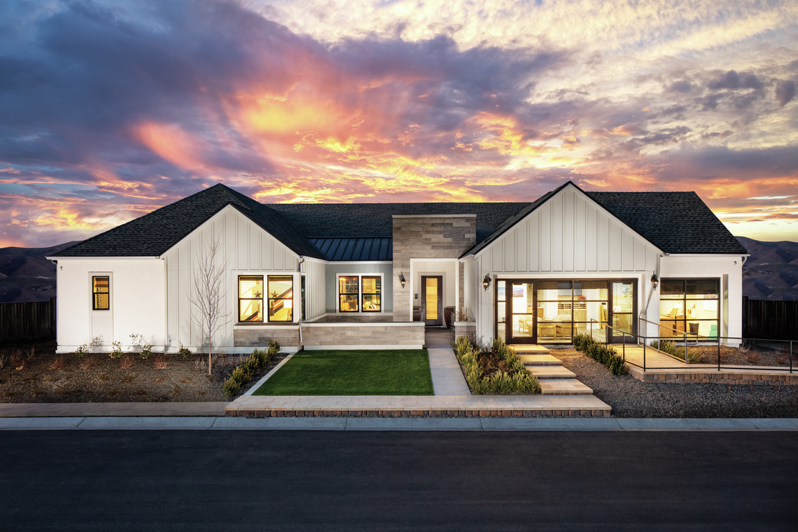 Modern farmhouse with an off white exterior