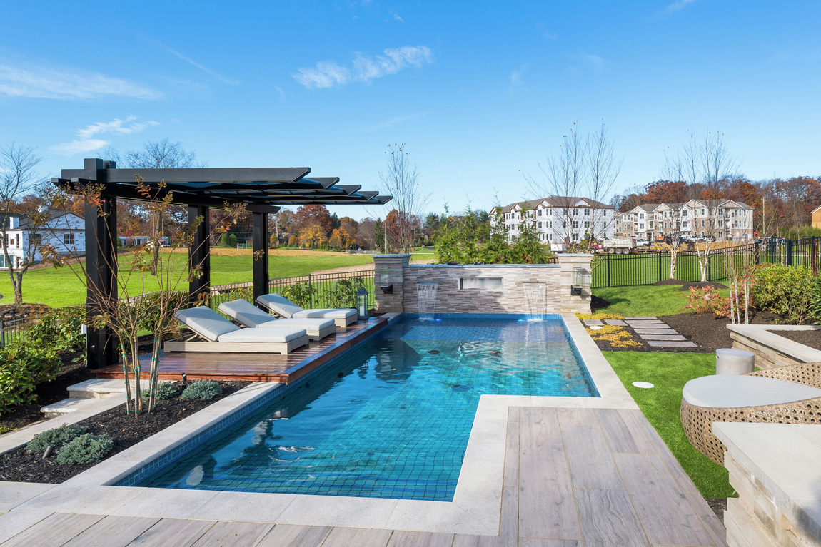 Luxe outdoor pool
