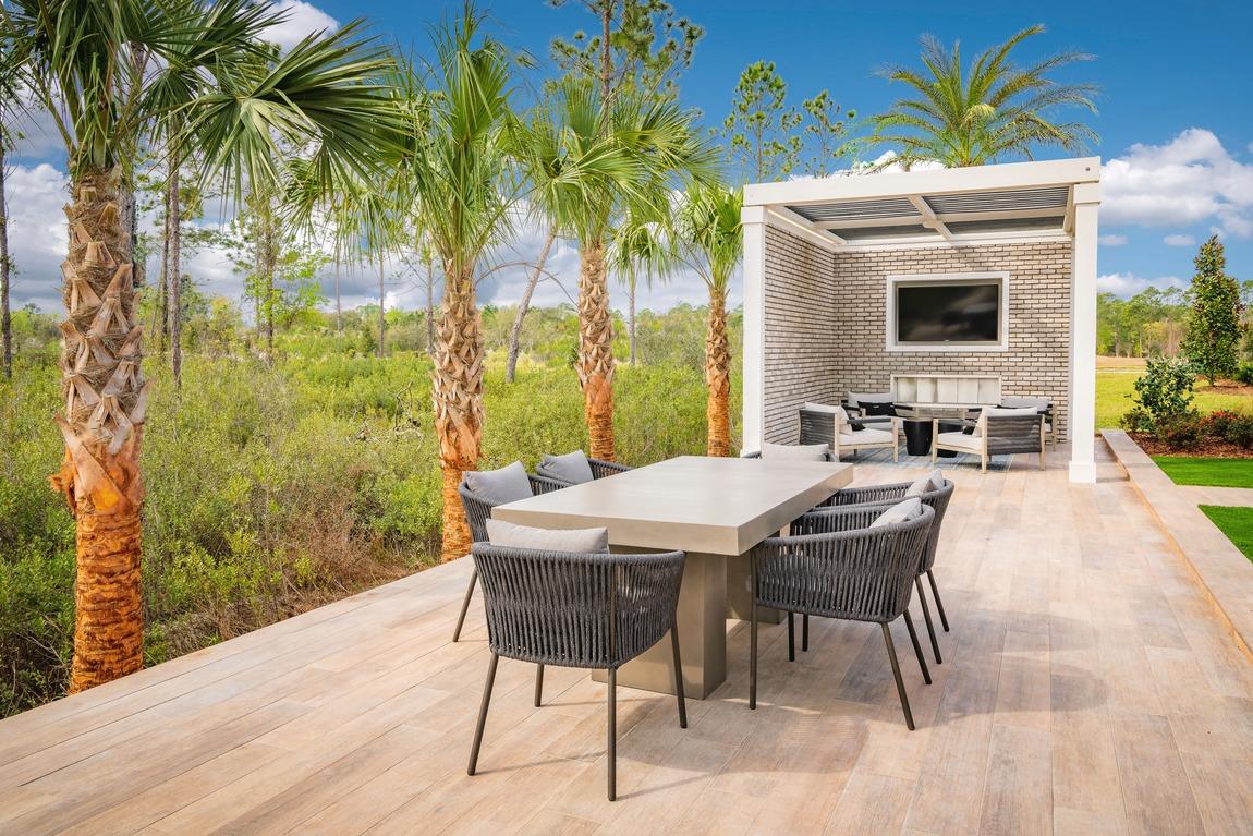 resort-style outdoor dining design